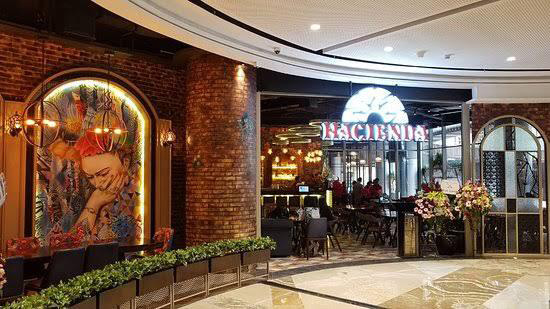 Hacienda Mexican Bar & Grill, Tunjungan Plaza 6