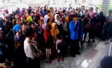 Permalink ke Dinilai PHK Sepihak, Puluhan Pekerja PLN Demo Gubernur Sumbar