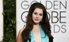 Permalink ke Berpakaian Terburuk  di Golden Globes 2015