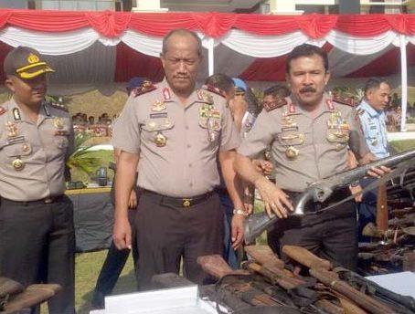 Kapolda Sumbar Irjen Pol Fakhrizal memimpin langsung pemusnahan 816 senjata api rakitan di Sumatera Barat