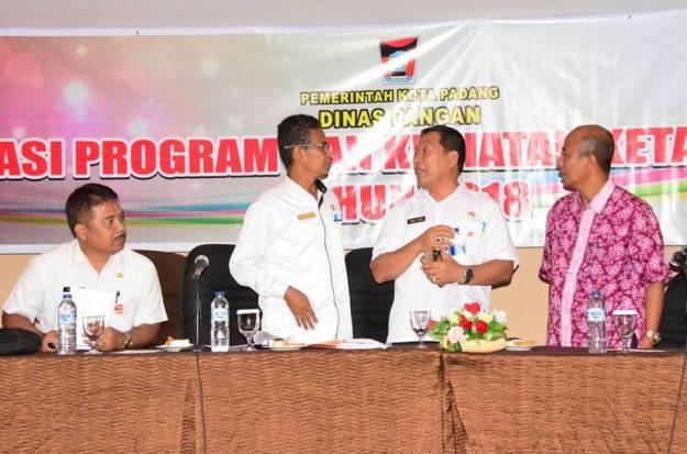 Sosialisasi Program Ketahanan Pangan Kota Padang di Hotel Kyriad Bumi Minang, Rabu (28/3/2018).