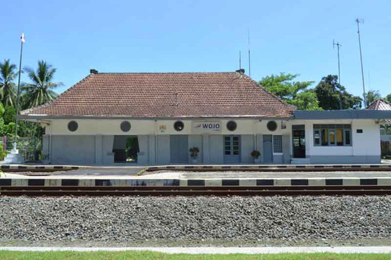 Stasiun Wojo | kabarpenumpang.com