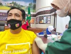 Ratusan Jurnalis di Sumbar Ikuti Vaksinasi Covid-19