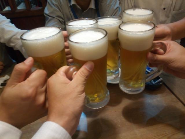 乾杯の瞬間