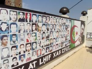 Printemps noir 2001: quelques photos des hommes assassinés lors du printemps 2001, au vu et au su de tout le monde