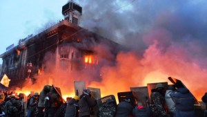 ukraine-manifestants-anti-gouvernement-a-kiev-19-2-14-11098271liggb_1713
