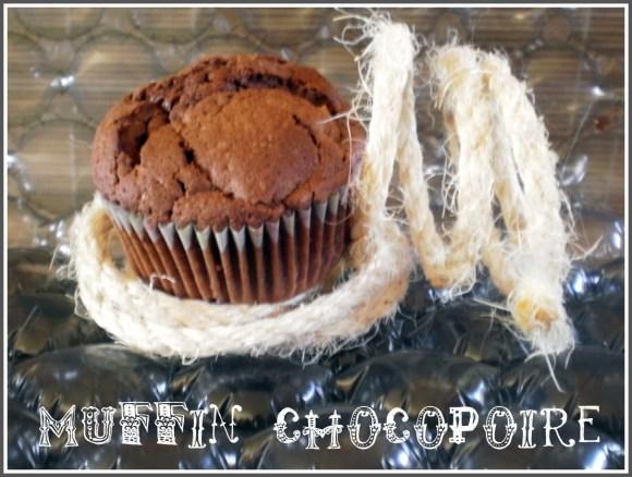 Dessert, muffins au chocolat et poire
