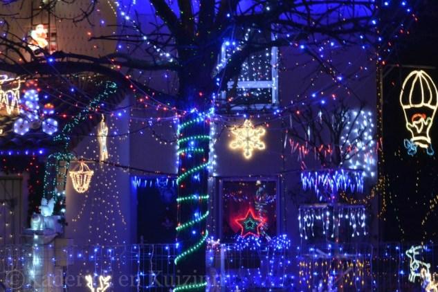 Photo des Décorations de Noël sur la maison ©Kaderick en Kuizinn