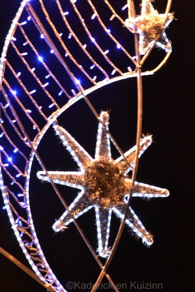 Photo d'étoile de Noël dans les rues du village