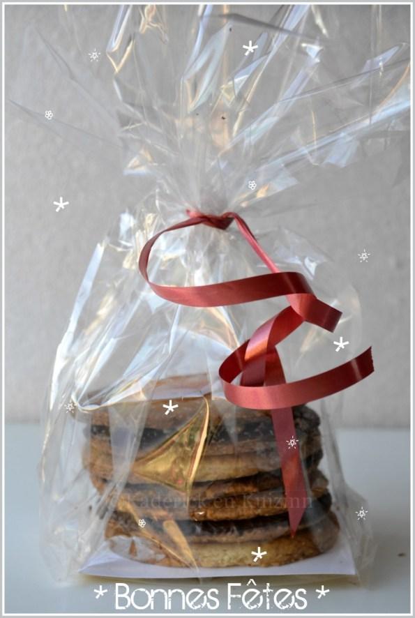 Recette des petits sablés aux amandes, noix et pistaches à offrir pour Noël - Calendrier jour 8