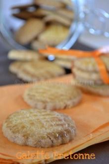 Recette des galettes bretonnes avec du beurre salée en bocal, des biscuits fait maison pour un goûter