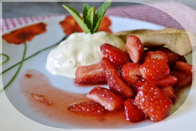 Recette de la glace à la vanille et fraises bio au sucre pour un dessert