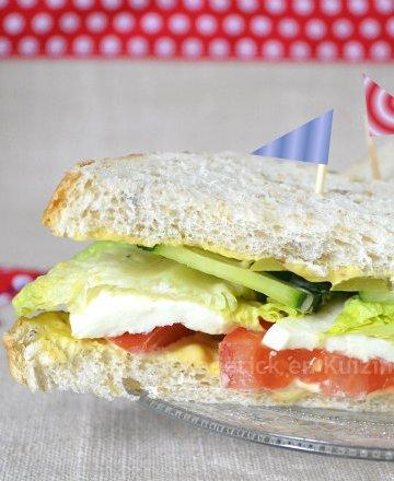 Recette du club sandwich aux crudités Warburtons des produits anglais que l'on m'a offert