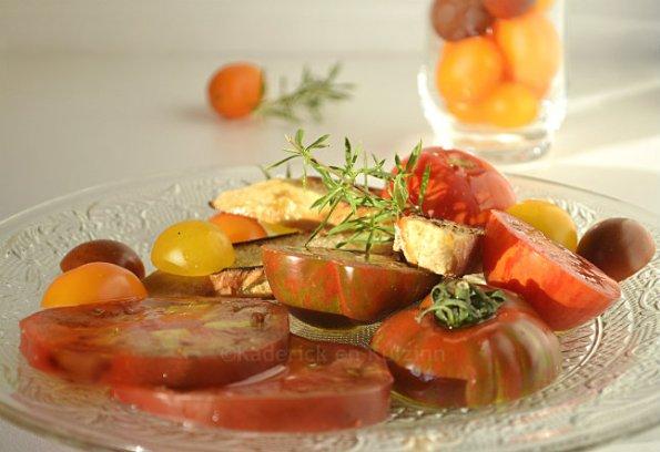 Partenariat huile - Recette salade de tomates anciennes bio & huile olive {Terre de Crète}