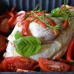 Recette du dimanche poulet aux poivrons, tomates bio et herbes de Provence pour un repas du dimanche sur Kaderick en Kuizinn©