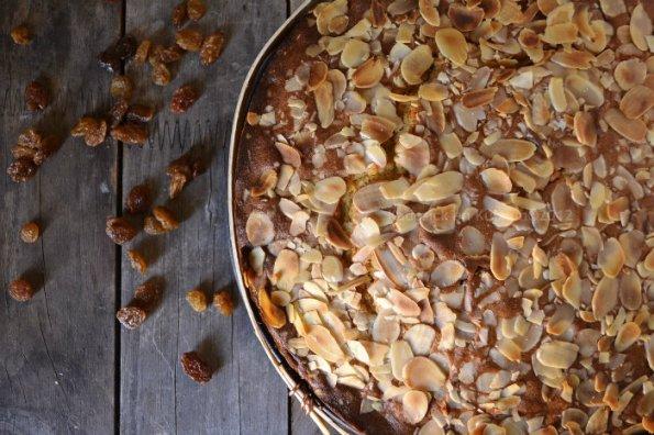 Recette facile gâteau le garriguet du pays cathare à la farine de seigle et d'épeautre bio encerclé dans un cadre en bois - Kaderick en Kuizinn©