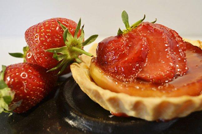 Recette tarte aux pommes caramélisées et fraises bio cuitent à la plancha - Kaderick en Kuizinn©