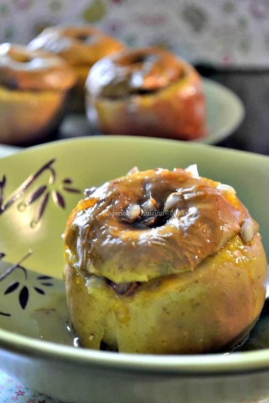 Présentation pommes four & confiture clémentines corses avec des noix, noisettes et amandes - Kaderick en Kuizinn©2013