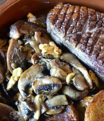 Dégustation magret de canard et gesiers au miel et épices cuit dans une cassolette en terre avec de la graisse de canard - kaderick en Kuizinn©2013