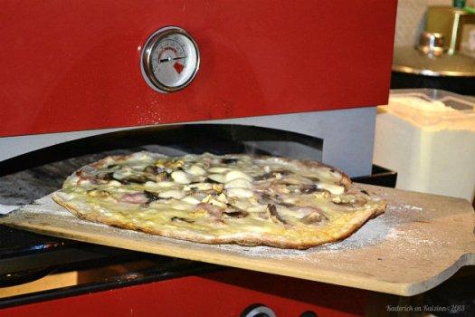 Recette plancha pizza à la crème, champignons frais et noix bio au four Verypizz de Verycook® - Kaderick en Kuizinn©2013