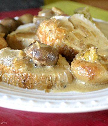 Recette cocotte de dinde en rôti aux navets nouveaux, champignons et sauce légère au vin blanc - Kaderick en Kuizinn©