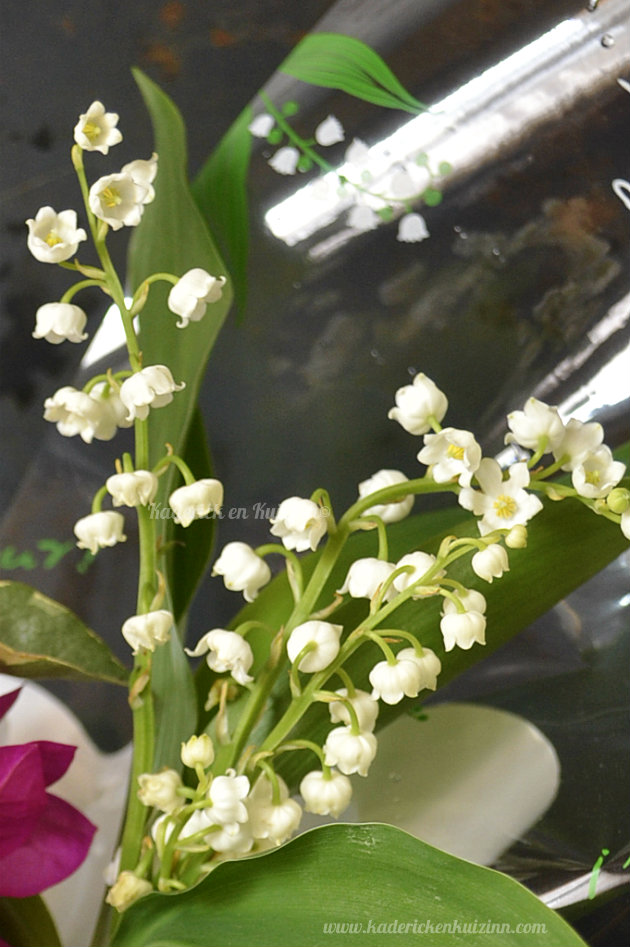 Bouquet du muguet du 1er mai 2013 offert par mon fils et sa copine, bonheur et chance - Kaderick en Kuizinn©
