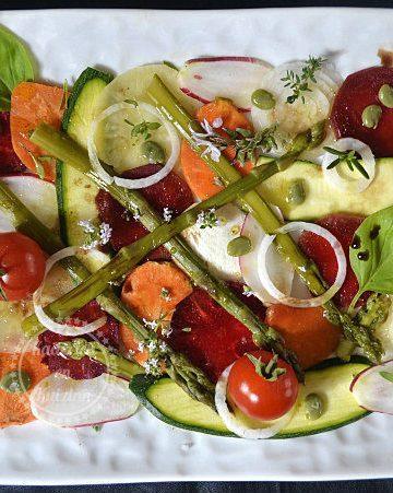 Tartare aux légumes de printemps frais & bio