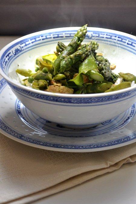 Wok végétarien de légumes du printemps - Recette de cuisine saine et bio