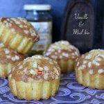 Cuisson des madeleines à la vanille, miel bio façon chouquette