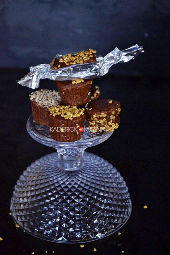 Présentation des chocolats Malakoff au praliné, noisette et caramel pour Noël - cadeaux gourmands