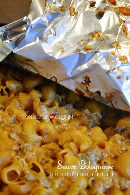 Dégustation gratin de pâtes crues façon lasagne sauce à la bolognaise - recette express