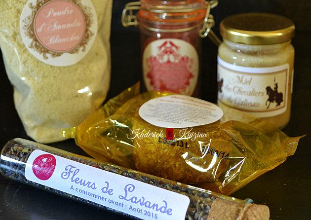 Produits sucrés composants la box Charlie Jasmin avec miel et amandes - partenariat