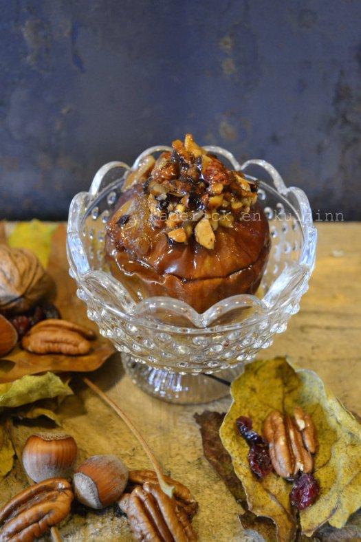 Dégustation pomme au four crumble aux noix, pécan et sirop d'érable - Kaderick en Kuizinn