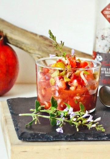 Sauce salsa grenade tomate cornichon oignon