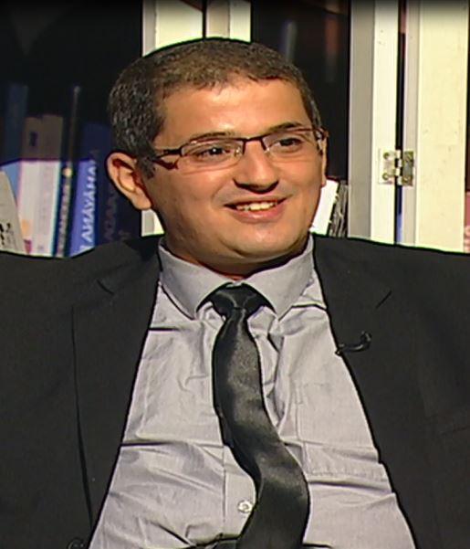 الدكتور عبد الرزاق بلعقروز