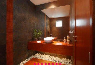 S house, bathroom, master bathroom