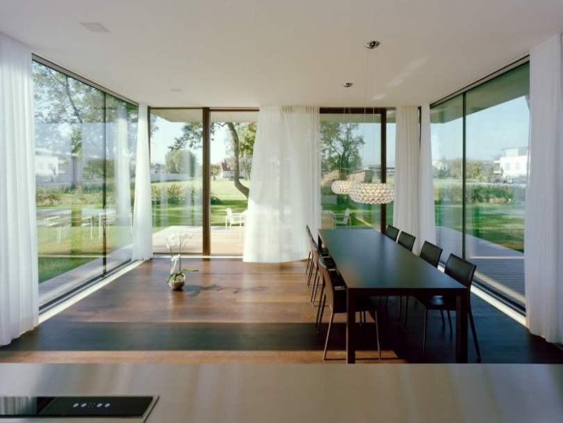 Contemporary Modern House Characteristics Defining by Two Stacked Volumes for LK House in Austria (3)