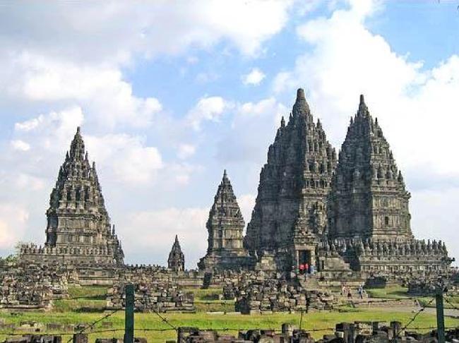 hindu_temple-angkorvat-combodia