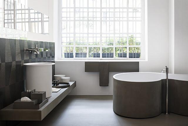 DR bathtub