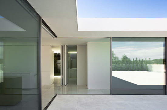LEAD-vitrocsa-FRAN-SILVESTRE-ARQUITECTOS-VALENCIA-Operable Walls Architectural Panels For Architecture Without Borders