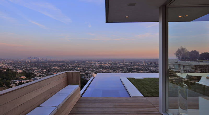 Infinity Swimming Pool Within Modern Villa Architecture (12)