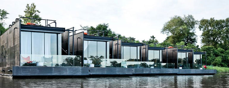 floating house,