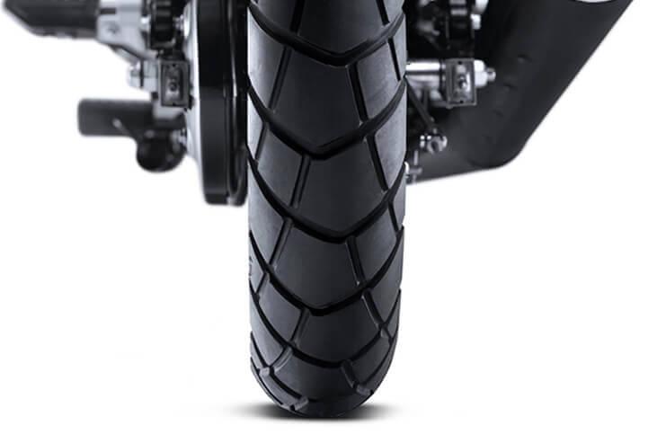 3_FAT-Tyres