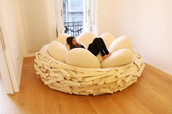 Unique Bed Design Idea from Bird Nest in Creative Interiors 1