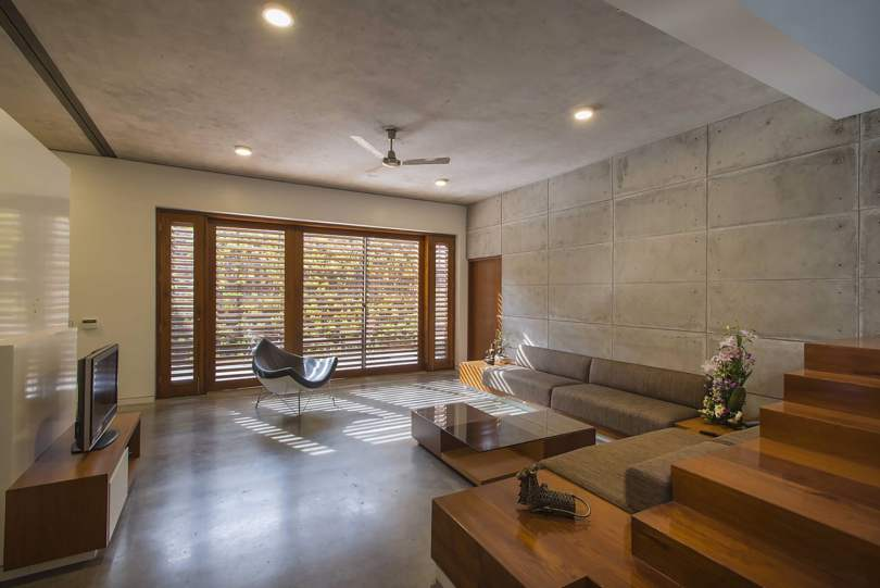 Badri Residence A Modern Indian House Architecture Paradigm (17)