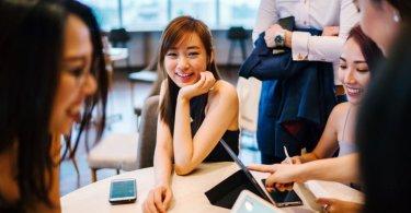 15 Bad Body Language Slip-ups Successful People Never Do