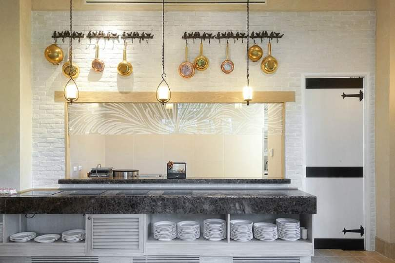 Acrylic Frosted Panels in kitchen back splash,