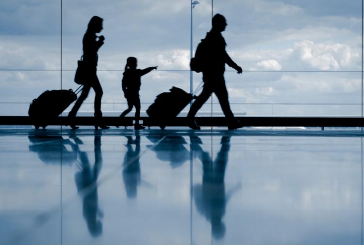 Viajando com filhos pequenos. Imagem:Google Image
