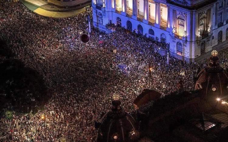 A importancia de se posicionar politicamente e te dizer que #elenao
