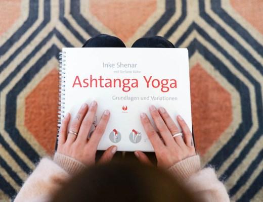 Ashtanga Yogabuch